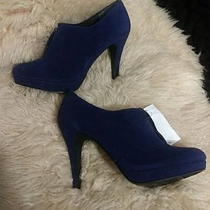 Style & Co blue suede booties size 8.5